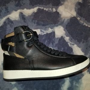 Burberry Black Folkington Leather Hightop Sneakers
